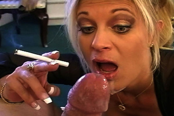 Smoker opens wide    brookes lover cums in her smoke filled mouth.  BrookeÕs lover cums in her smoke filled mouth
